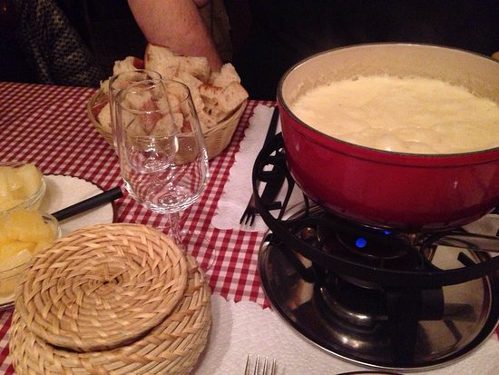Photo of Swiss Restaurant Fribourger Fonduestuebli at Rotwandstrasse 38, Zurich 8004, Switzerland