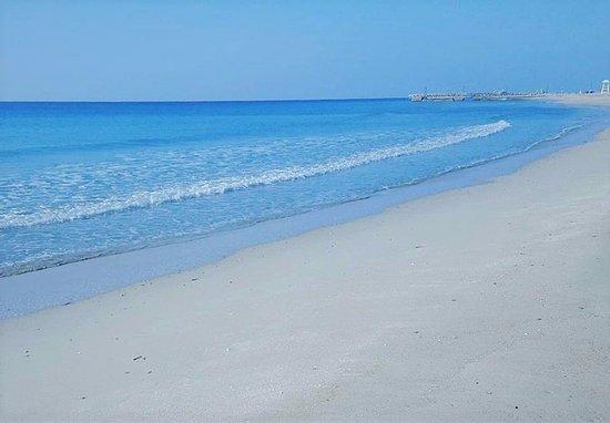 Heraion Hotel: Beach