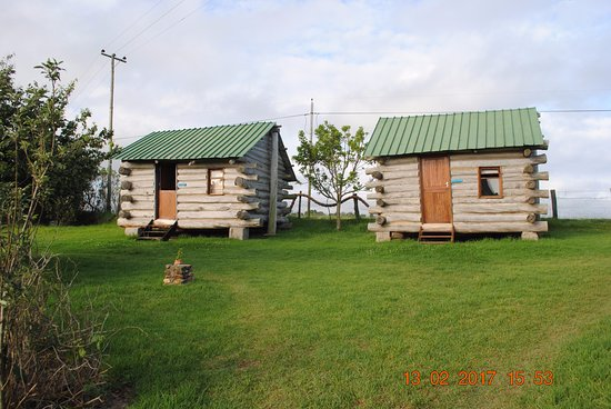 The Wild Farm Backpakers: Log cabin.