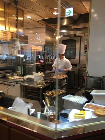 Imperial Hotel Tokyo: Chefs continue to cook fresh food