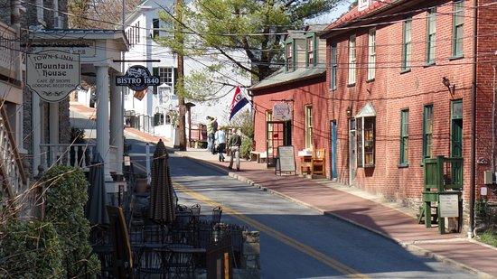 Harpers Ferry, WV: Washington Street
