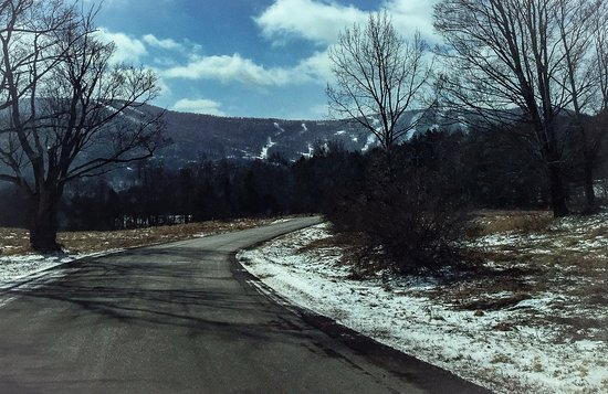 Windham, État de New York : Trails From A Distance