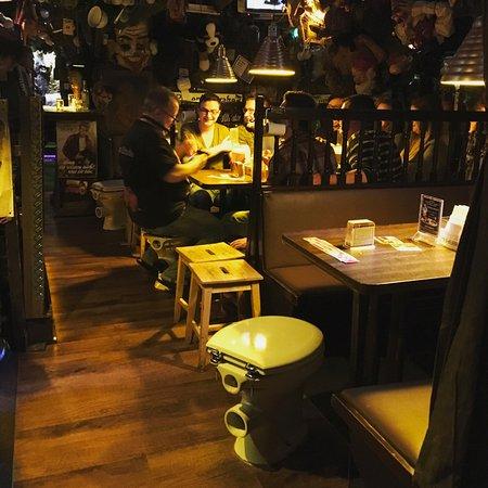 Klo Restaurant Berlin Speisekarte Das Klo Strange Toilet Bar In