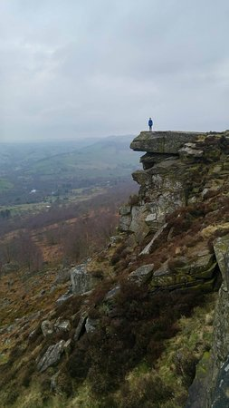 Calver, UK: amazing view and photo ops at Curbar Edge