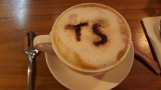 Lahinch, Ireland: Cappuccino was delicious.
