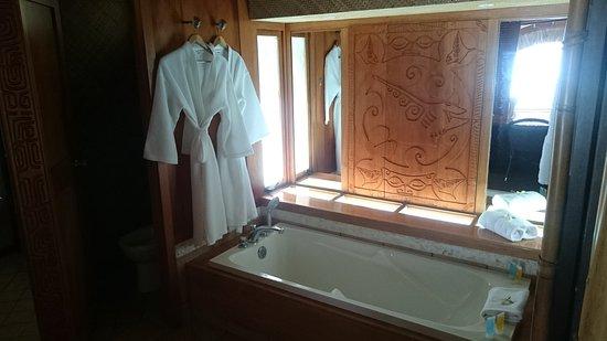 Bora Bora Pearl Beach Resort & Spa: Paradise...