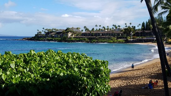 The Napili Bay: view from lanai