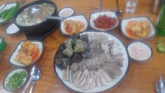 Hamgyeongdo Glutinous Rice Sundae Speciality