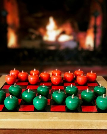 Manchester, VT: Apple checkers by the fire
