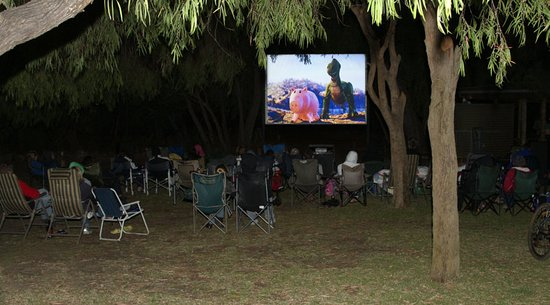 Cowaramup, Australien: Outdoor Movie Screen (shown from Late Sept-late April)