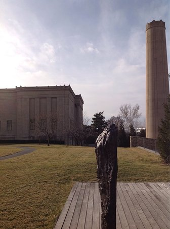 Photo of Museum Nelson-Atkins Museum of Art at 4525 Oak St, Kansas City, MO 64111, United States