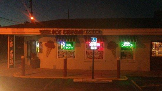 Hudson, FL: An Evening in Hudo