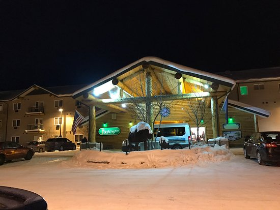 Pike's Waterfront Lodge: photo2.jpg