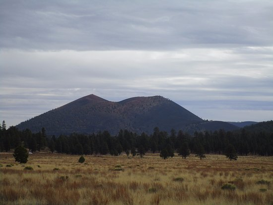 Sunset Crater Volcano National Monument: The crater