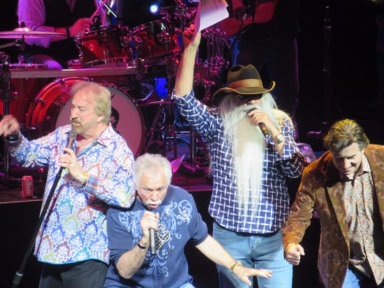 American Music Theatre : Great shot of the Oak Ridge Boys from the balcony!