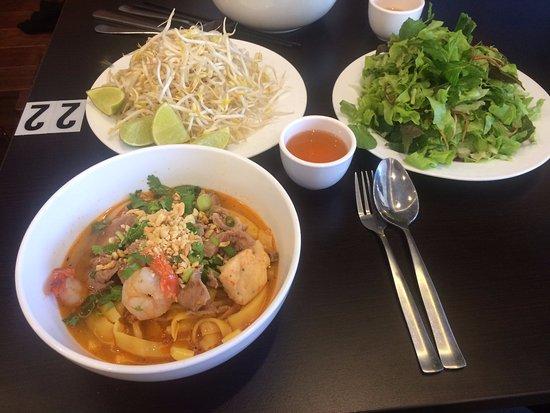 Cabramatta, Австралия: MI Quang yummm