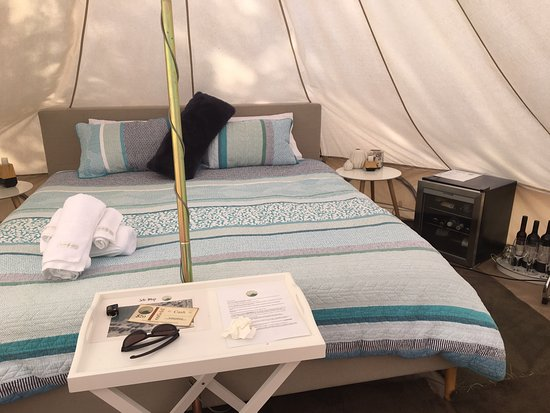 Wahgunyah, Australia: Now that's luxury camping
