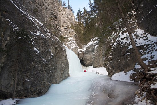 Grotto Canyon: frozen waterfall