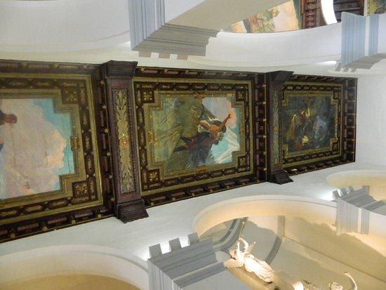Panteón Nacional: SIN PALABRAS GRANDES OBRAS Y PINTURAS