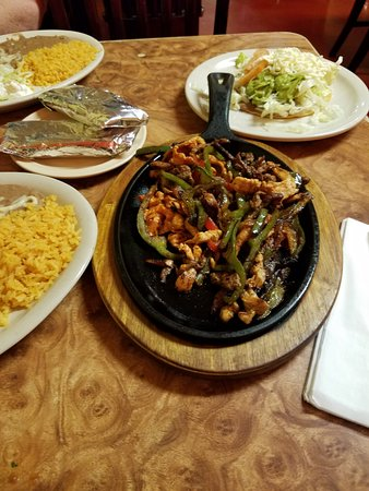 Hazen, AR: Beef and Chicken Fajitas, Spanish Rice, Refried Beans, Pico, flour tortillas, Chalupa