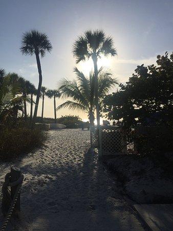 Tropical Beach Resorts Photo