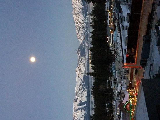 Harrah's Lake Tahoe: 20170313_065405_large.jpg