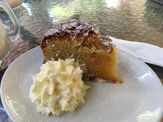 Whistle Stop Cafe: Heaven is this Almond cake