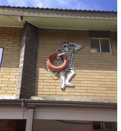 Blacksmiths, Australia: Ahoy