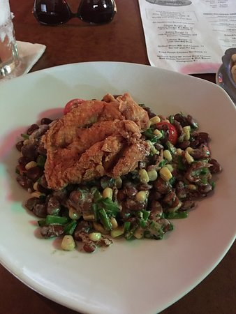 Acme Lowcountry Kitchen : Awesome happy hour and awesome food.