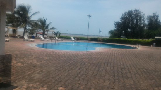 Sugati Beach Resort: Swimming pool👍👌