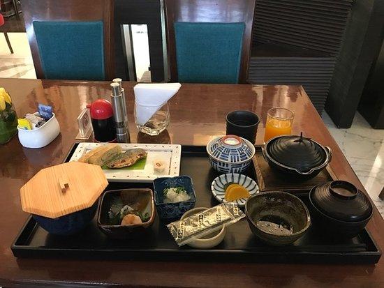 Dia Park Premier: Elaborate Morning Breakfast