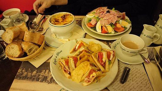Photo of French Restaurant Cafe de Flore at 172 Boulevard Saint Germain, Paris 75006, France