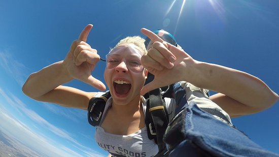 Goulburn, Australia: Experience of a lifetime! Flying in the sky - Freefall!