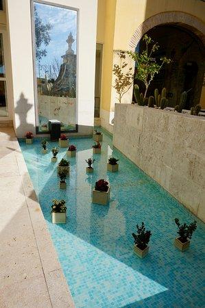 Solar Do Castelo: Part of the inner courtyard