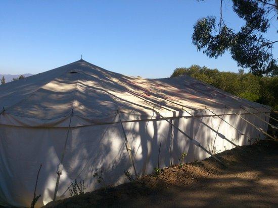 بارل, جنوب أفريقيا: Salem 100 seat tent available for functions, fantastic view over the vineyards and mountain