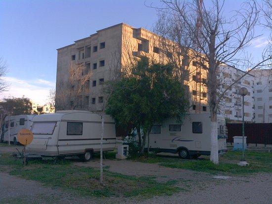 """Martil, Marokko: Campingen ligger """"mitt i smeten"""" och väldigt centralt."""