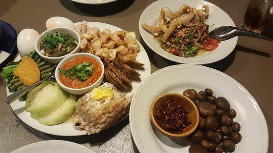 Photo of Asian Restaurant Tong Tem Toh at นิมมานเหมินท์ ซอย 13, Chiang Mai 50200, Thailand