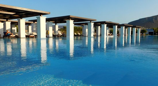 Amirandes, Grecotel Exclusive Resort: Romanesque swimming pool