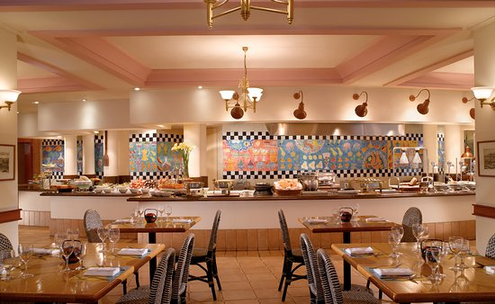 Fairmont Singapore: Asian Market Cafe