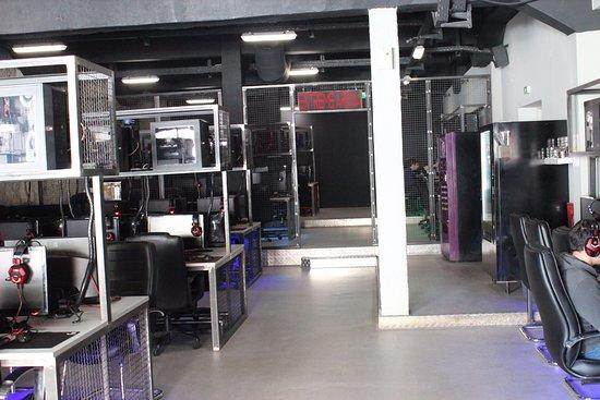Battlenet Gaming Stations