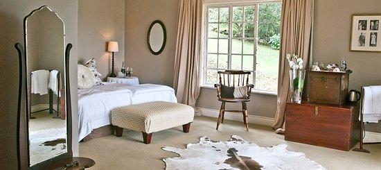 Lastingham Guest Lodge : White Mischief Room at Lastingham