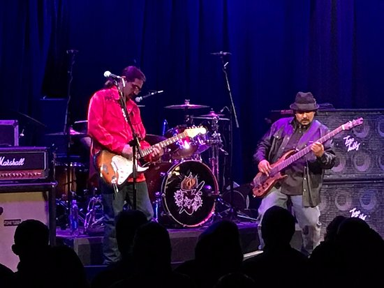 Rocky Mount, VA: Los Lonely Boys