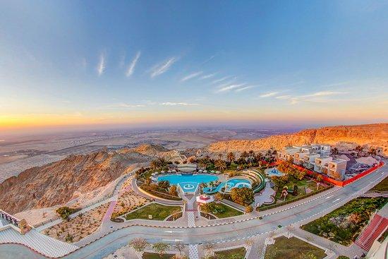 Mercure Grand Jebel Hafeet Al Ain: Pool view