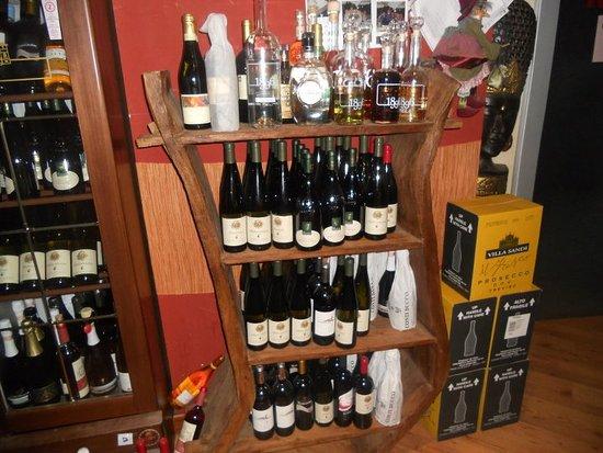 Basovizza, İtalya: vini