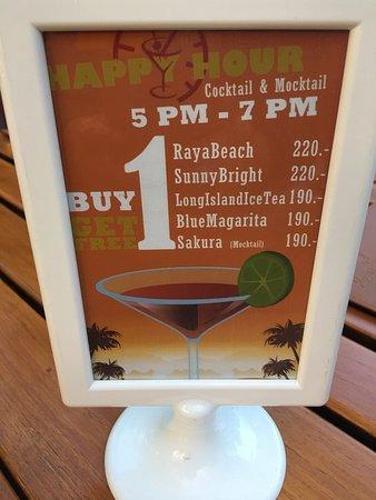Raya Restaurant and Wine Bistro: photo4.jpg