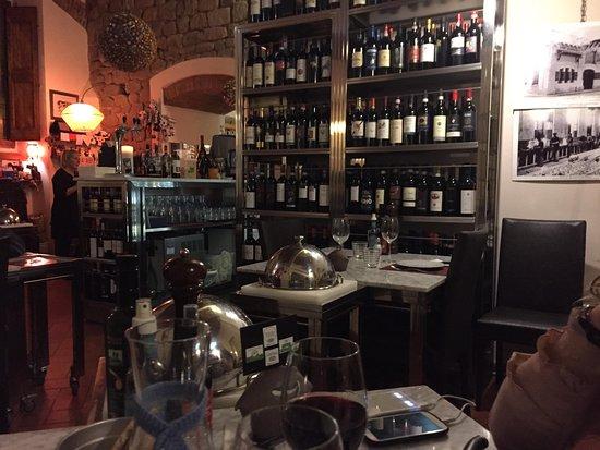 Bisteccatoscana : L'interno del ristorante