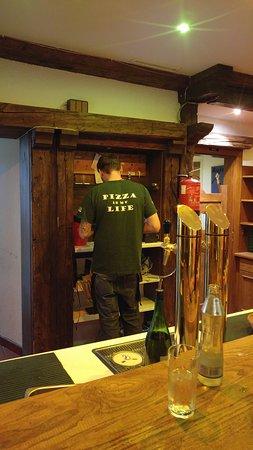 Pizzeria Pomodoro: Pizza Man