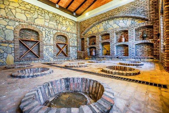 Telavi, Georgië: Makashvili Wine Cellar