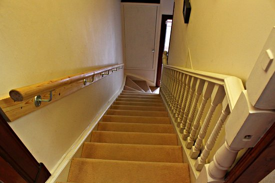 Lochearnhead, UK: Staircase to our B&B rooms