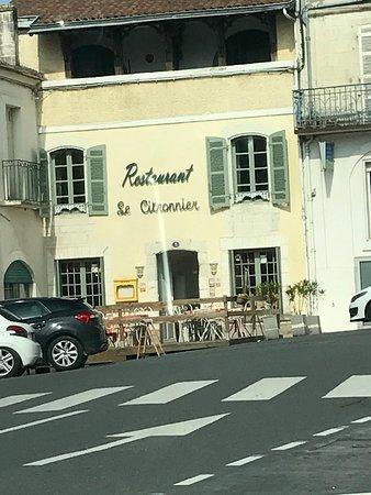 Riberac, Francja: photo0.jpg
